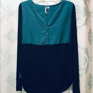 Calvin Klein color-blocked top